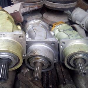 Гидромоторы,  насосы,  распределители,  цилиндры на экскаваторы,  автокран
