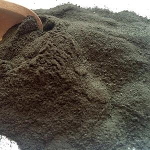 Органическая черная грязь с зеленой глиной