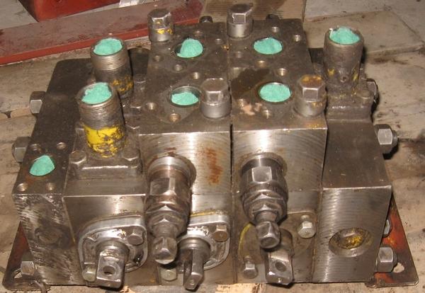 Продам на распределители: клапанные коробки секции,  клапана.